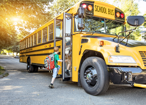 How to Practice School Bus Safety This Upcoming School Year